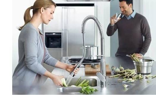 Grifos de cocina profesionales o tipo industrial| Fotos, características y precios