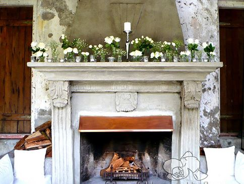 Ideas para decorar con flores artificiales blogdecoraciones - Chimeneas de adorno ...
