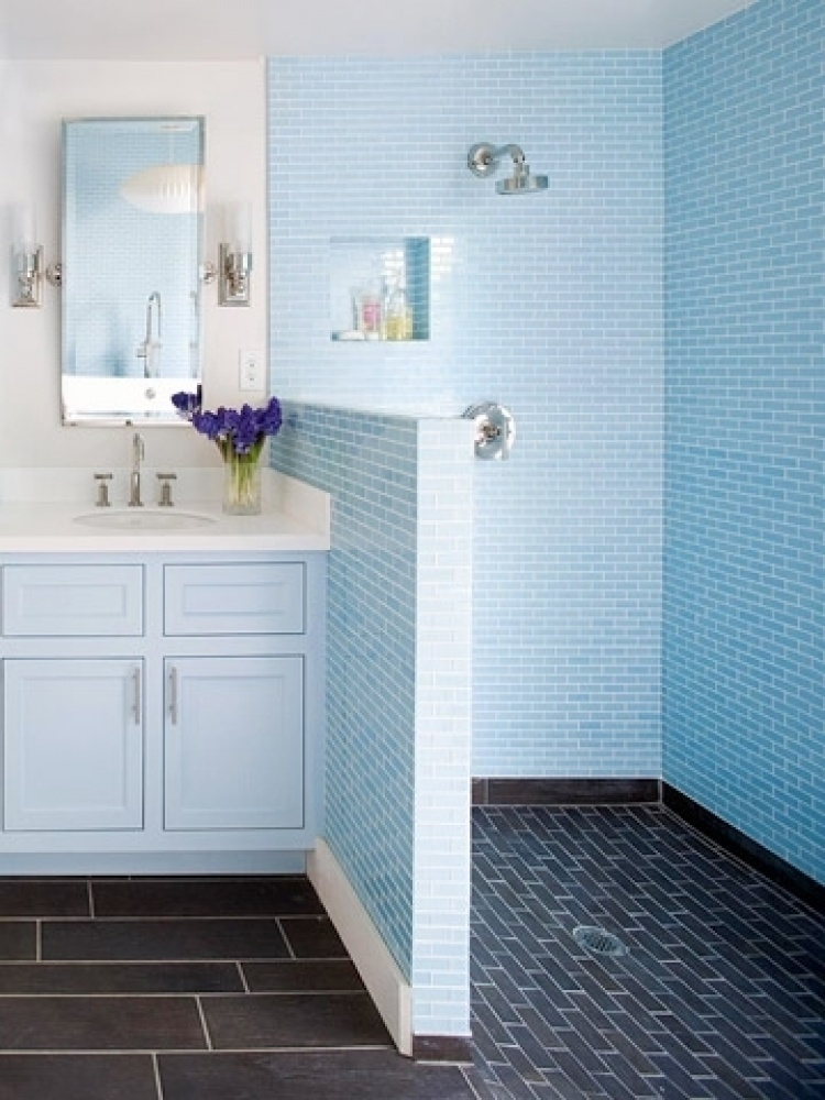 Ba os peque os como ganar espacio blogdecoraciones for Bathroom tile designs 2012