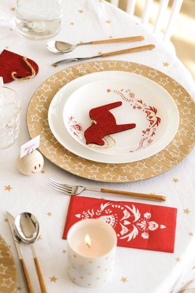 buenas-ideas-mesas-de-navidad-figurillas-ninos-elmueble