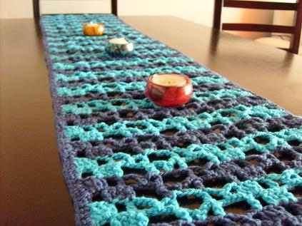 Caminos de mesa c mo decorar una mesa blogdecoraciones - Camino de mesa elegante en crochet ...