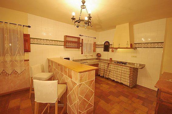 La cocina grande blogdecoraciones - Cocina casa rural ...