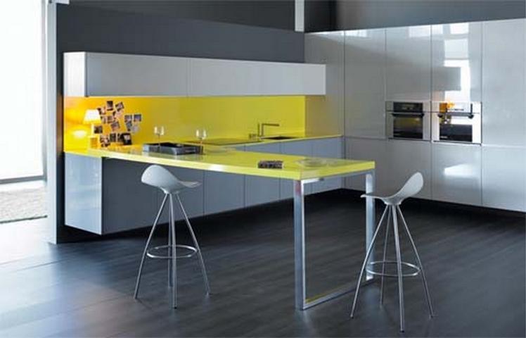 normalmente las cocinas minimalistas son espacios abiertos muchas veces fundidos con otros espacios de la casa como el comedor o el saln