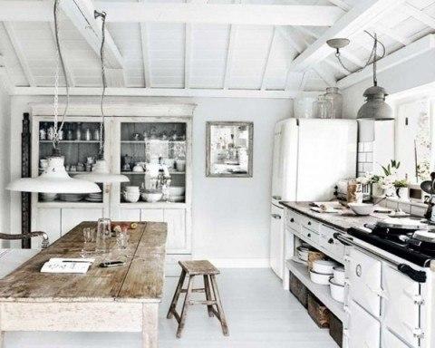 Decoraci n r stica tendencia para esta primavera - Cocina rustica blanca ...