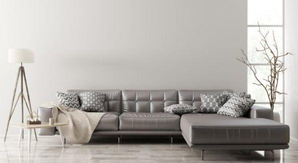 como-limpiar-un-sofa-de-piel-istock
