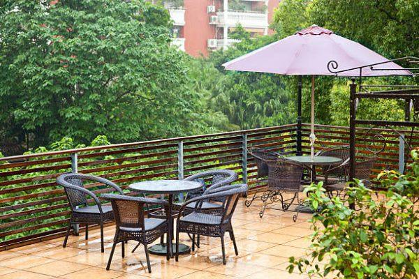 Como proteger mobiliario de terraza de lluvia
