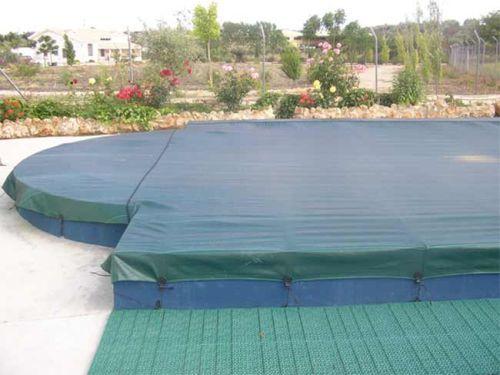 Seguridad en la piscina blogdecoraciones - Cubiertas de lona para piscinas ...