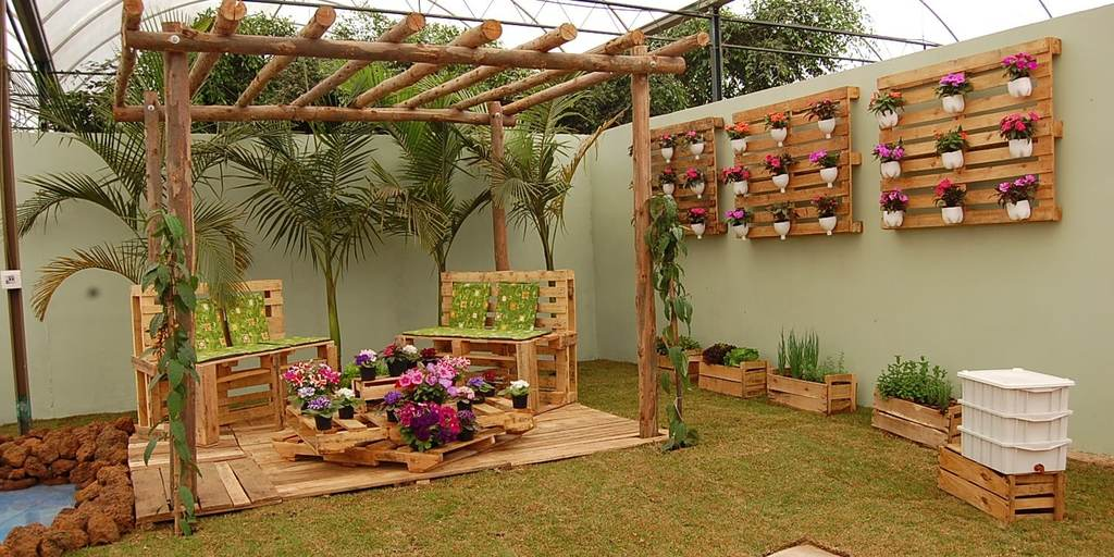 Ideas para decorar con palets blogdecoraciones for Sofas con palets para jardin