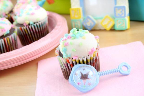 ideas-para-decorar-un-baby-shower-istock11