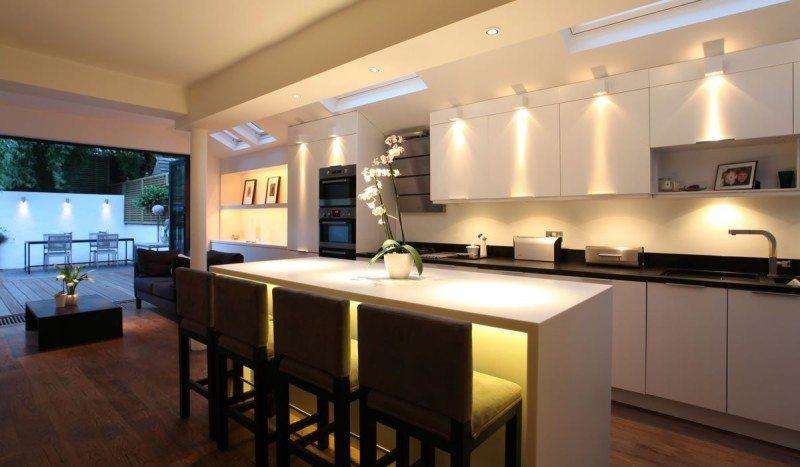 hora de elegir debes asegrate que el color sea suave y que est en sintona con el resto del mobiliario el blanco es siempre un acierto - Cocina Minimalista