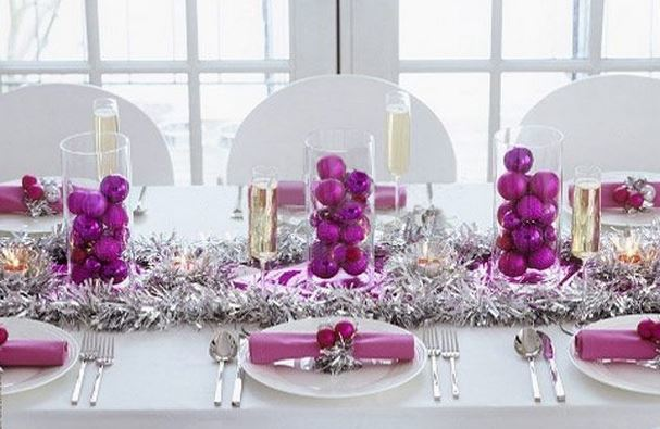 Buenas ideas para mesas de navidad blogdecoraciones for Como decorar la mesa para navidad